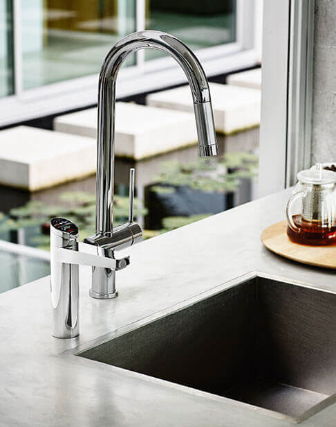 Chrome Separate Mixer Tap with an Elite HydroTap